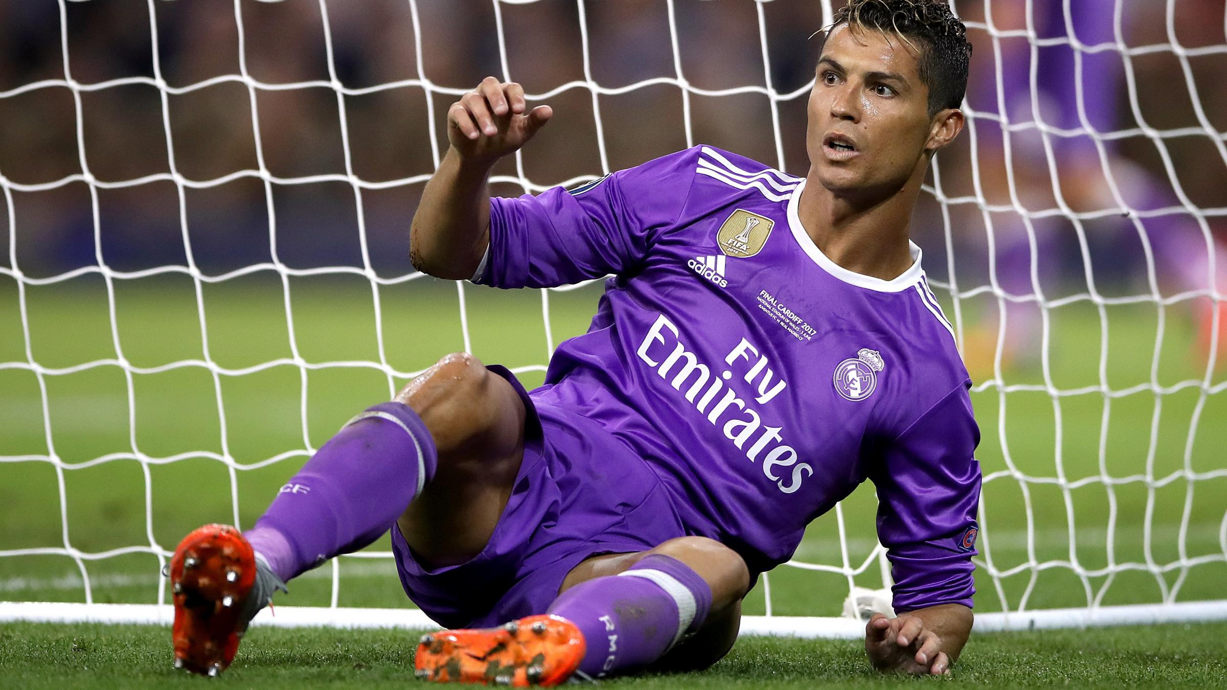 Real Madrid defends Ronaldo from tax fraud accusations